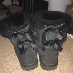 Black bailey bow Ugg boots women's size 8